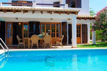 Holiday villa with private pool Mallorca