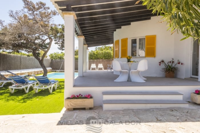 Villa Vica holiday villa in cala d'or majorca