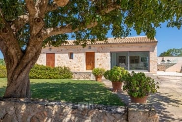 Country house  Salom Verd 2 bedrooms , Es Llombards Santanyi,, Santanyi, Mallorca