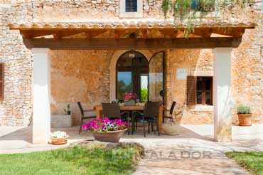 Country house with pool in Majorca