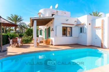 Holiday Villa with pool Egos 53 Cala dOr Majorca