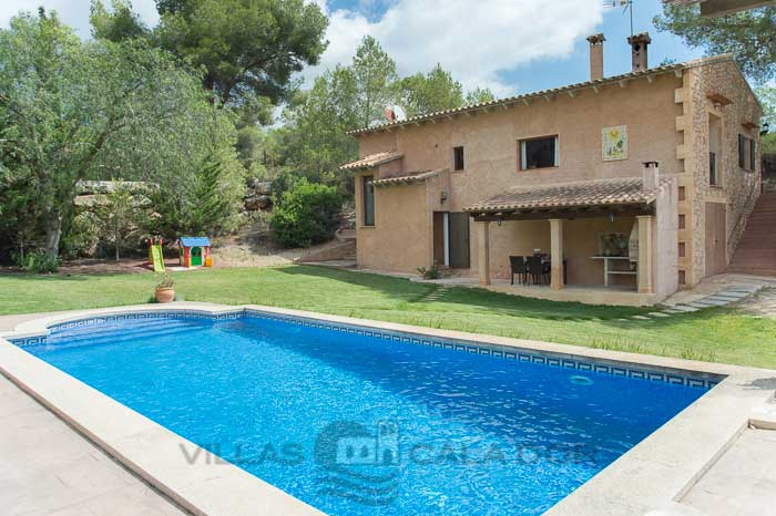 Country house for 6 persons to rent in Mallorca