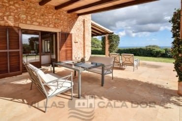 Country house to rent mallorca 4 bedrooms