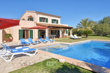 Country house Miralu to rent in Cala Dor, mallorca 5 bedrooms
