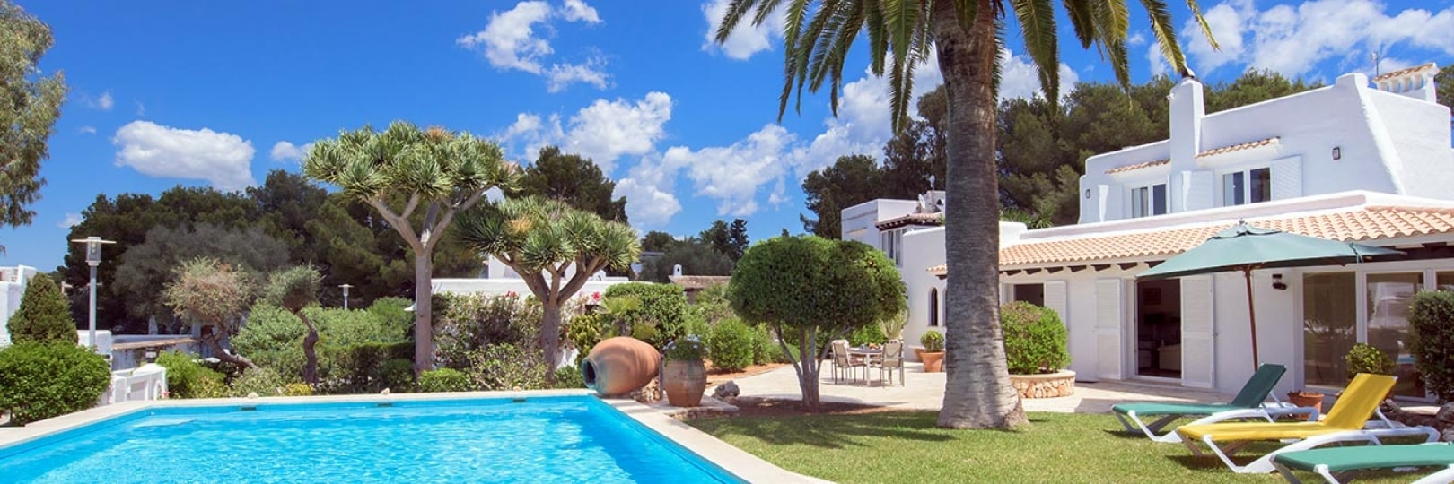 Holiday villa with private pool in Majorca for rent
